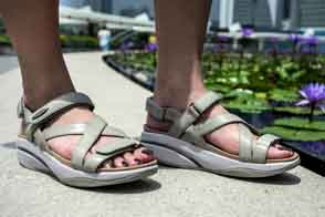Kiburi Sandals Are Back